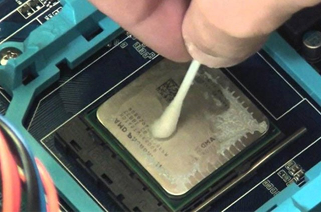 how to remove thermal paste from cpu